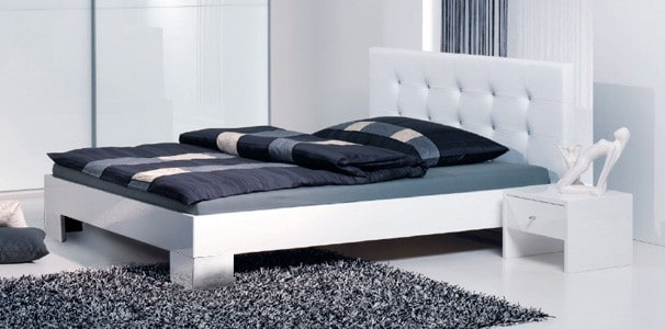 genua hochglanz bettrahmen mit polster kopfteil online kaufen. Black Bedroom Furniture Sets. Home Design Ideas