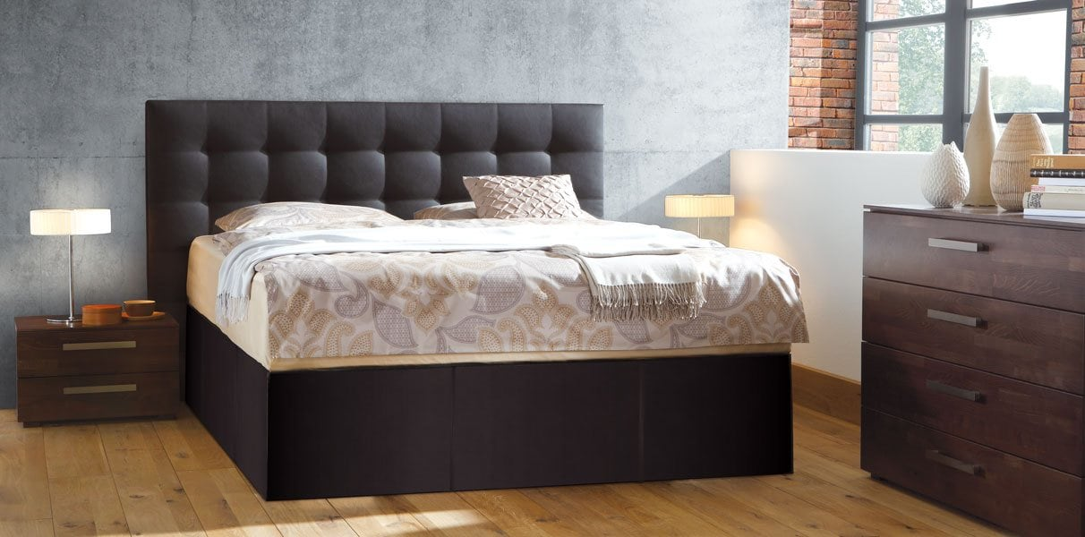 echtleder boxspring wasserbett mit wandpaneel online kaufen. Black Bedroom Furniture Sets. Home Design Ideas