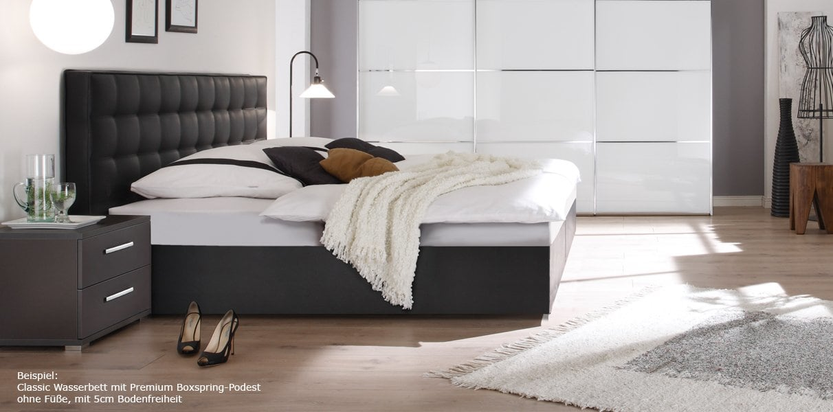 ein boxspringbett oder doch ein wasserbett gegen. Black Bedroom Furniture Sets. Home Design Ideas