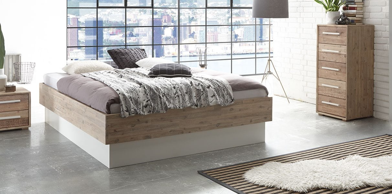 gro wasserbettrahmenabmessungen bilder bilderrahmen ideen. Black Bedroom Furniture Sets. Home Design Ideas