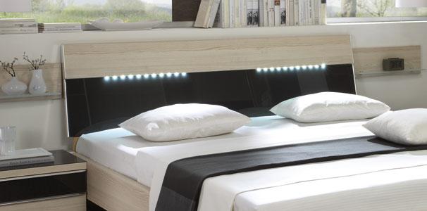 k che rot einrichten. Black Bedroom Furniture Sets. Home Design Ideas