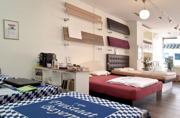 aqua comfort wasserbetten filiale in m nchen. Black Bedroom Furniture Sets. Home Design Ideas